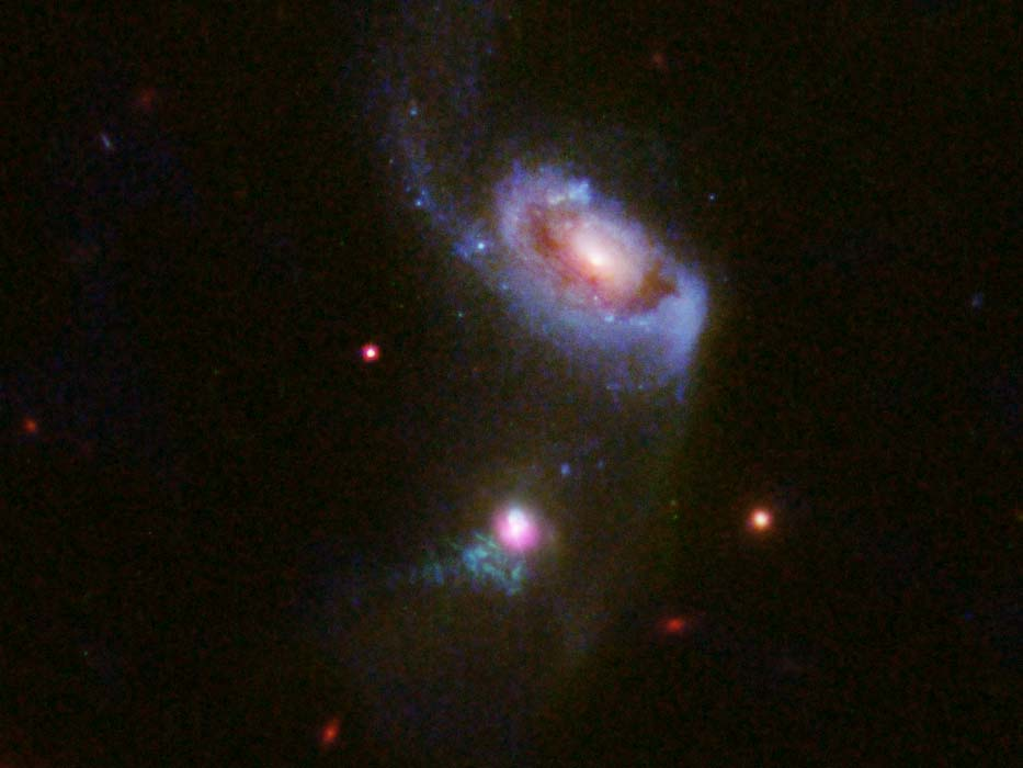 Un trou noir supermassif à 900 millions d'années-lumière 🌠